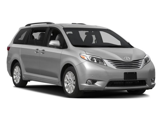 2016 Toyota Sienna 5dr 7 P Van Xle Awd Natl In Middle Island