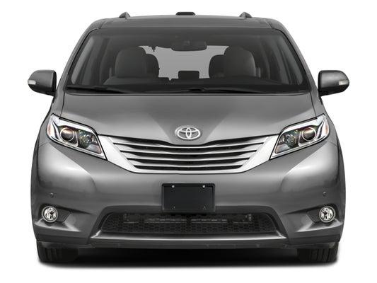 2017 Toyota Sienna Xle Premium Fwd 8 Penger Natl In Middle Island