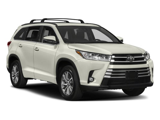 2018 Toyota Highlander Xle In Middle